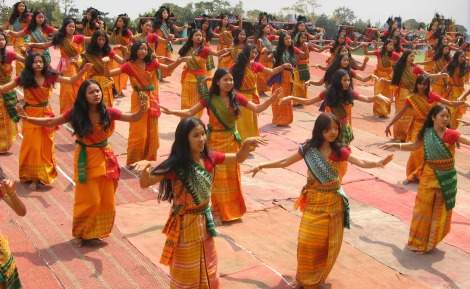 bodoland-India-Women-Girls-Dancing-Ceremonial