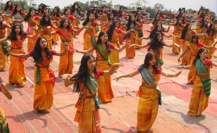 bodoland-India-Women-Girls-Dancing-Ceremonial